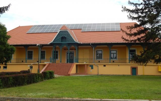 28 kW napelemes rendszer Szatmárcseke Polgármesteri hivatal