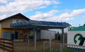 Nyíregyháza, 8,8 kW teljesítményű kocsibeállóra telepített napelemes rendszer