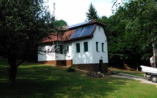 4 kW napelemes rendszer Gallyatető