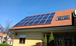 10 kWp napelemes rendszer része