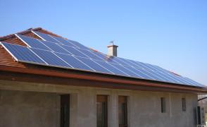 6,72 kW hálózatra tápláló napelemes rendszer