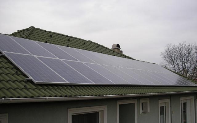 6,24 kW hálózatra tápláló napelemes rendszer