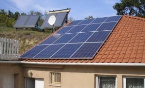 4 kW hálózatra visszatápláló napelemes rendszer családi ház