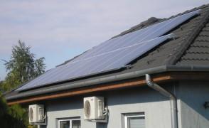 3,3 kW hálózatra visszatápláló napelemes rendszer